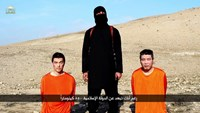 Islamic State threatens two Japanese captives in video