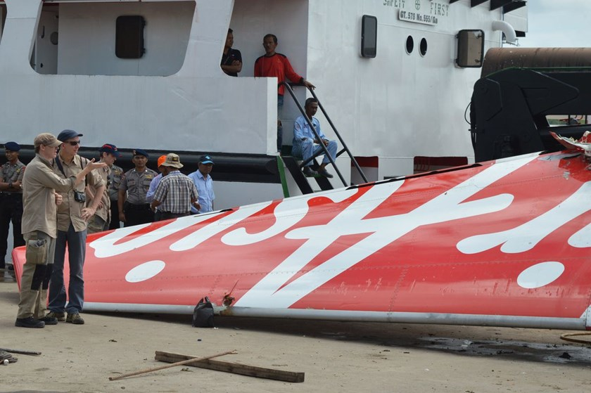 Pilots disabled critical computers moments before AirAsia crash