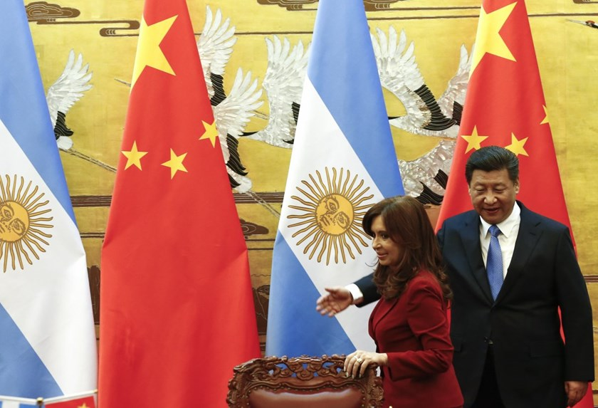 Chinese President Xi Jinping with Argentine President Cristina Fernandez de Kirchner during a signing ceremony at the Great Hall of the People in Beijing on Wednesday.  Read more: http://www.businessinsider.com/argentina-president-makes-racist-joke-in-chi