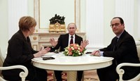 German Chancellor Angela Merkel, Russia's President Vladimir Putin and French President Francois Hollande attend a meeting on resolving the Ukraine crisis at the Kremlin in Moscow February 6, 2015.