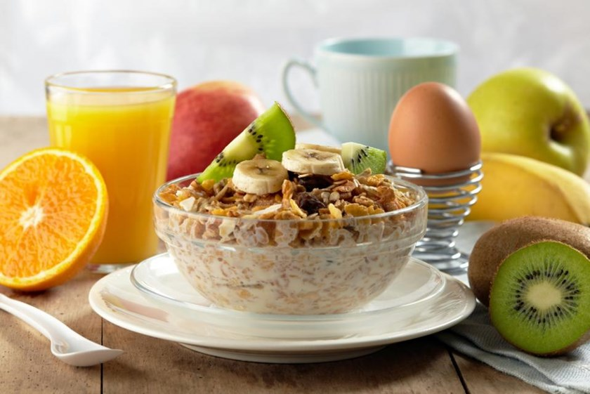 A sizeable, healthy breakfast could help patients with type 2 diabetes manage their glucose and insulin levels when balanced by a modest dinner.
