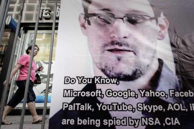 A banner displayed in support of former US spy Edward Snowden in Hong Kong on June 18, 2013. Photo: AFP
