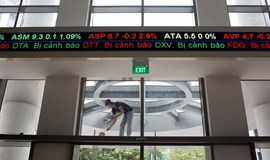 Vietnam proposes allowing foreigners to wholly own listed brokerages