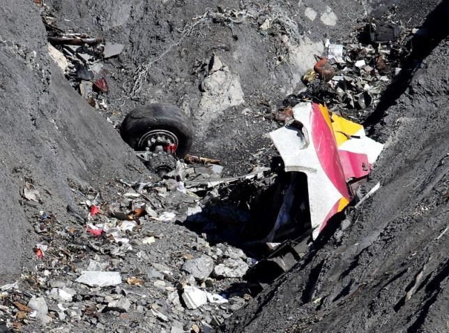 Wreckage of the Airbus A320 is seen at the site of the crash, near Seyne-les-Alpes, french Alps March 26, 2015.