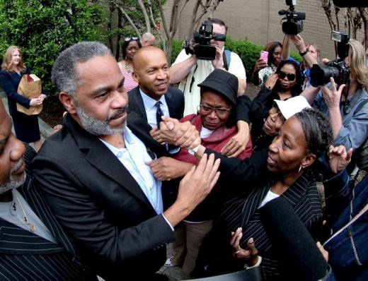 Anthony Ray Hinton is greeted by family outside the Jefferson County Jail in Birmingham, Alabama April 3, 2015.