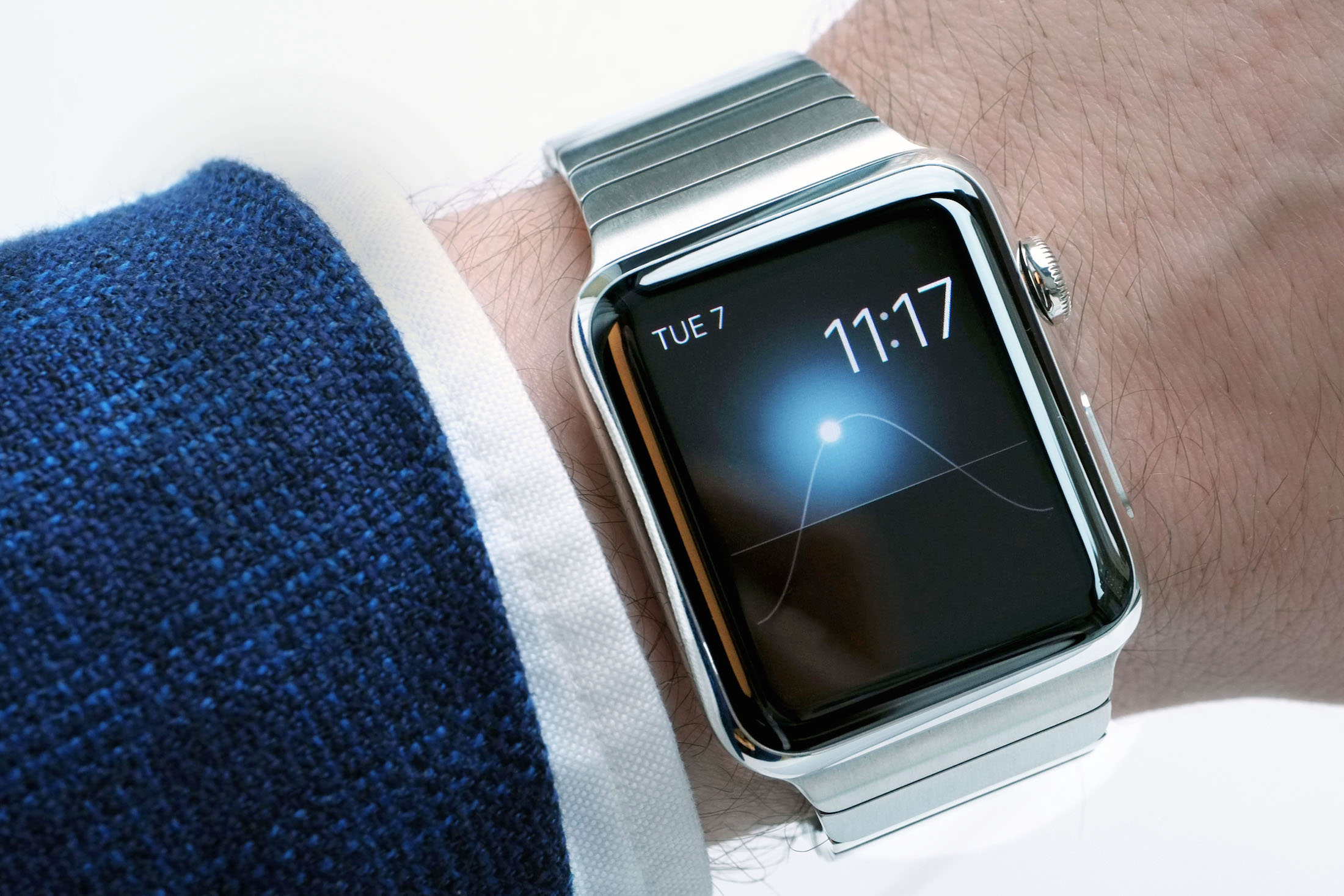 How not to be a jerk while wearing the Apple Watch