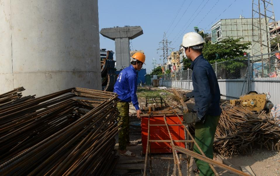 Japan to earmark $100 bln for Asian infrastructure: report