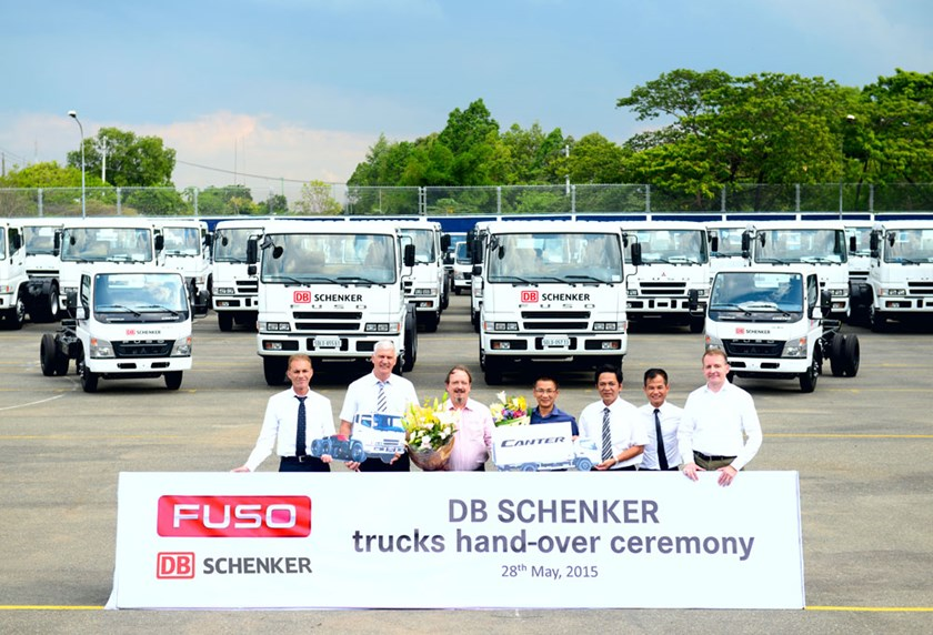 FUSO hand-over the fleet of trucks for DB Schenker