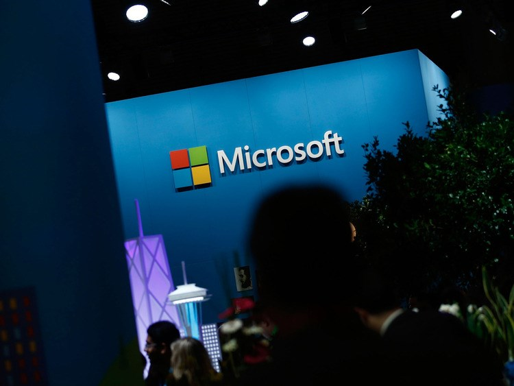 Microsoft faces Russian hurdles as local software thrives