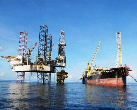 Vietnam to spend $257 mln on port, storage for oil products