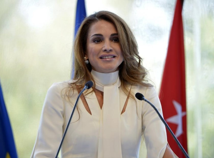 Queen Rania of Jordan delivers her speech at the Medef Summer Conference on August 26, 2015 in Jouy-en-Josas, near Paris