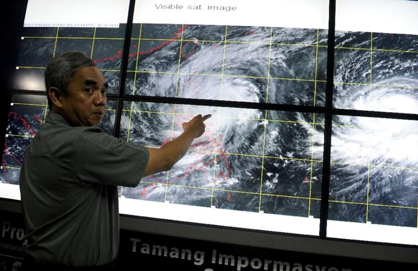 Undersecretary Alexander Pama, head of the National Disaster Risk Reduction and Management Council gives a briefing on Typhoon Koppu, locally known as Lando, in Manila on October 17, 2015