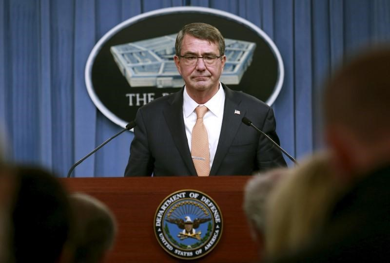 U.S. Defense Secretary Ash Carter holds a media briefing at the Pentagon in Washington, October 23, 2015.