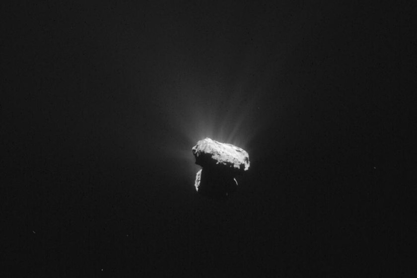 "In a ""big surprise,"" scientists have found lots of oxygen on Comet 67P/Churyumov–Gerasimenko, captured by the European space probe Rosetta an hour before its closest approach to the sun on August 13, 2015"