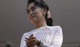 Myanmar ruling party concedes poll defeat as Suu Kyi heads for landslide