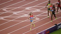 Russia's Mariya Savinova smiles as she wins gold in the women's 800m final at the London 2012 Olympic Games at the Olympic Stadium in this August 11, 2012 file photo.