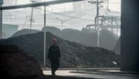 China -- the world's largest producer of coal -- is grappling to improve standards in the poorly regulated sector