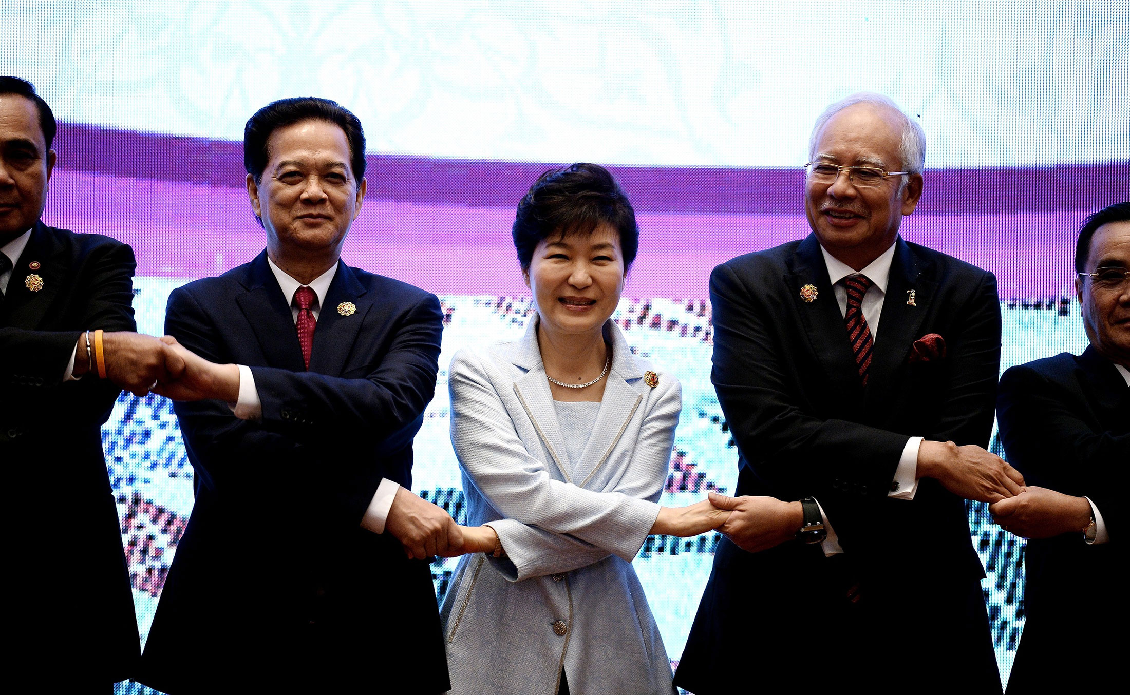 Asean opts for new road map as economic union targets missed