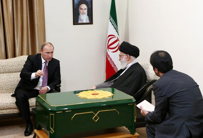 Iran's supreme leader Ayatollah Ali Khamenei (centre) holds talks with Russian President Vladimir Putin in Tehran, on November 23, 2015