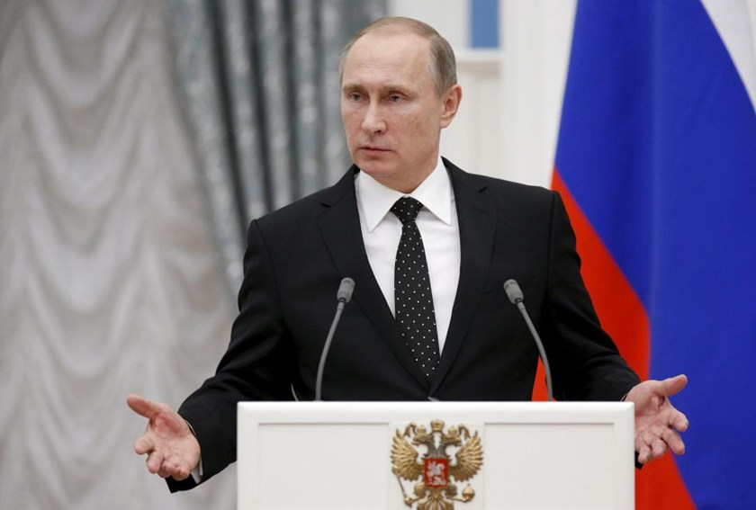 Russia's President Vladimir Putin speaks during a news conference after a meeting with his French counterpart Francois Hollande at the Kremlin in Moscow, Russia, November 26, 2015.