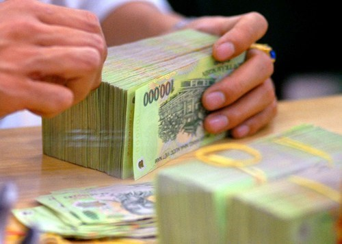 Vietnam sets mid-point rate at 21,896 dong/dollar: central bank