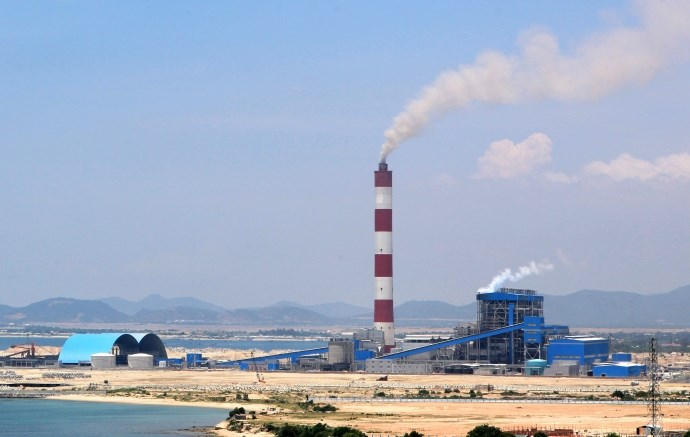 Vietnam inks $2.2 bln power project with Saudi, Korean firms