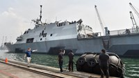 USS Fort Worth is docked in Jakarta's Tanjung Priok port in 2014. Photo: AFP