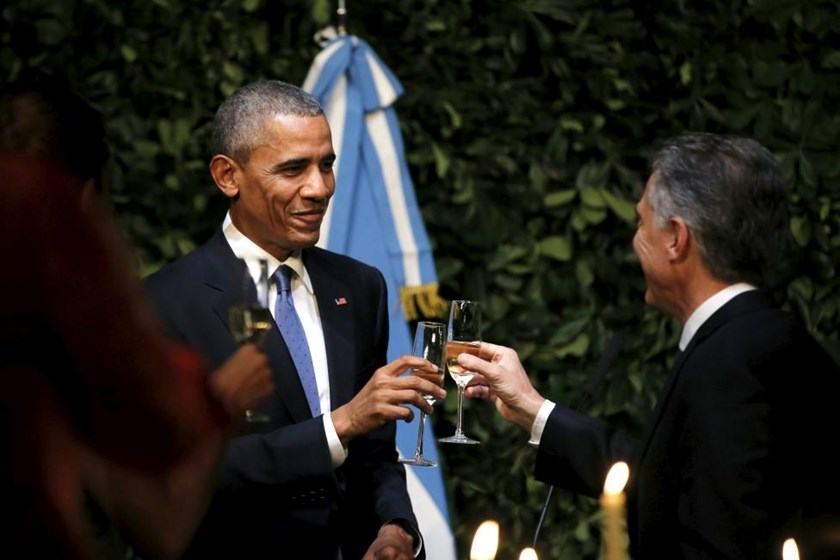 U.S. President Barack Obama attends a state dinner at the Centro Cultural Kirchner accompanied by Argentina's President Mauricio Macri as part of President Obama's two-day visit to Argentina, in Buenos Aires March 23, 2016.