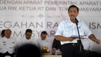 Indonesia's chief security affairs minister Luhut Pandjaitan speaks to of local government and security officials in Serang, Banten province west of Jakarta February 29, 2016 in this photo taken by Antara Foto.