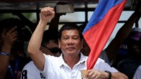Philippine presidential candidate Rodrigo Duterte (pictured) has an 11-percentage-point lead over his nearest rival, Senator Grace Poe, according to the latest poll released on Friday