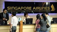 Singapore Air rivals squeeze for passengers amid yield drop
