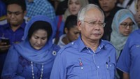 Malaysia whispers sow doubts on Najib's ability to win votes