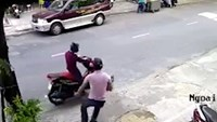 Da Nang moped bag snatchers caught
