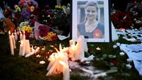 Mourners leave candles in memory of murdered Labour Party MP Jo Cox, who was shot dead in Birstall, during a vigil at Parliament Square in London, Britain June 17, 2016.