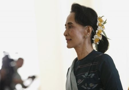 National League for Democracy (NLD) party leader Aung San Suu Kyi arrives at Union Parliament in Naypyitaw, Myanmar