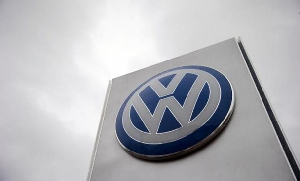 Vw Dealership Mn >> South Korea Issues Arrest Warrant For Vw Executive In