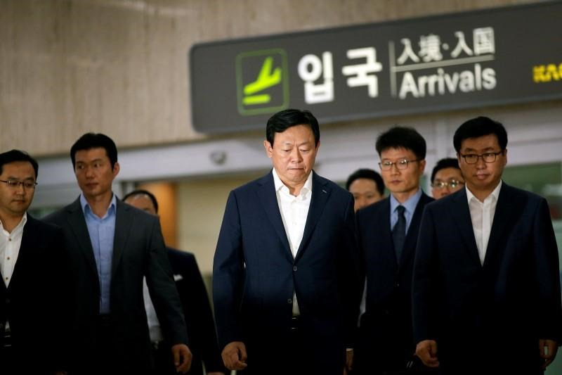 Lotte Group Chairman Shin Dong-bin arrives at Gimpo Airport in Seoul, South Korea, July 3, 2016.