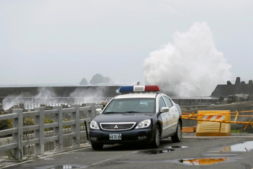 Waves crash at the coast as Typhoon Nepartak approaches in Yilan, Taiwan July 7, 2016.