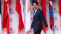 Japanese Prime Minister Shinzo Abe arrives for the 11th Asia-Europe Meeting (ASEM) Summit in the Mongolian capital of Ulan Bator on July 15, 2016