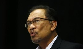 Long bitter enemies, Malaysia's Anwar and Mahathir join forces against premier Najib