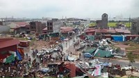 Caught on camera: tornado rips off roofs in northern Vietnam
