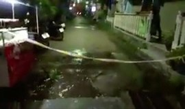 Bombs in Thai resort kill one, injure nine, including foreigners: police