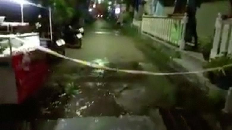 Still image from video uploaded to social media shows damage at the scene following a bomb blast in Hua Hin, south of Bangkok, Thailand August 11, 2016. MANDATORY CREDIT Courtesy Rungrot Kongpiban/Social Media via Reuters Tv
