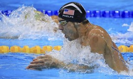 Phelps wins fourth successive 200m individual medley