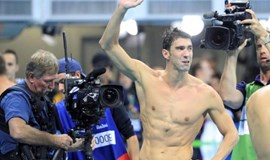 Swimming: Phelps wins last relay gold as U.S. dominate