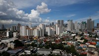 A view of residential condominium buildings at a residential neighbourhood in Mandaluyong, Metro Manila, Philippines August 22, 2016.