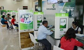 GIC said to pay less than $400 million for Vietcombank holding