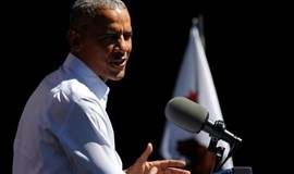 Obama urges China to stop flexing muscles over South China Sea: CNN