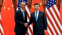 Chinese President Xi Jinping and U.S. President Barack Obama shake hands during their meeting at the West Lake State Guest House in Hangzhou, China September 3, 2016.