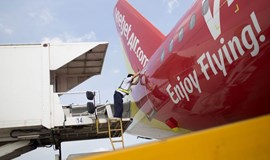 VietJet signs $2.39 billion deal to buy 20 Airbus A321 planes